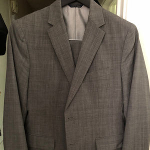 Banana Republic Tailored Fit Suit 40S Gray Stripes